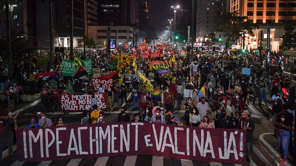 Las protestas contra las políticas de Bolsonaro se multiplican en Brasil