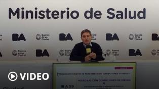 """CABA: anunciaron la vacunación para la """"totalidad"""" de docentes y fuerzas de seguridad"""
