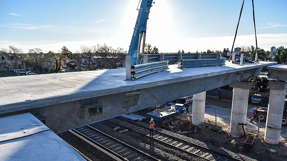 El puente modular, construido por la empresa estatal Tandanor, será habilitado en la primera quincena de junio