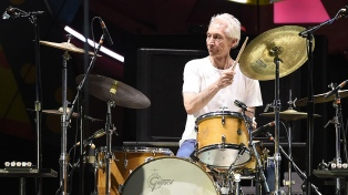 Charlie Watts no estará en la próxima gira de los Stones por un problema de salud