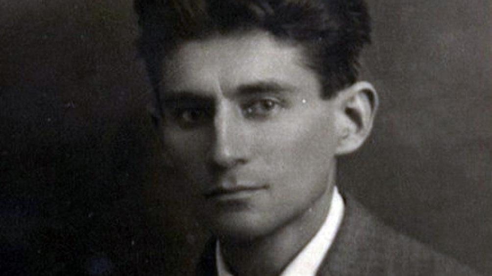 A 97 años de la muerte del escritor, la Biblioteca Nacional de Israel puso a disposición cartas, manuscritos y dibujos.