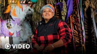 Transformar una vida de violencias en proyectos que acompañan a otras mujeres campesinas