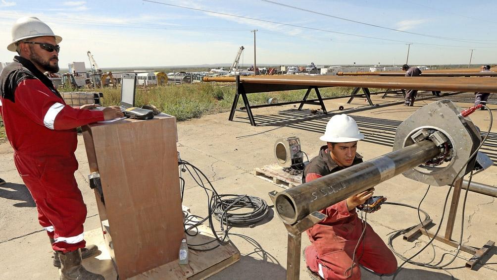 Se fortalece la demanda y el alza del crudo del barril.
