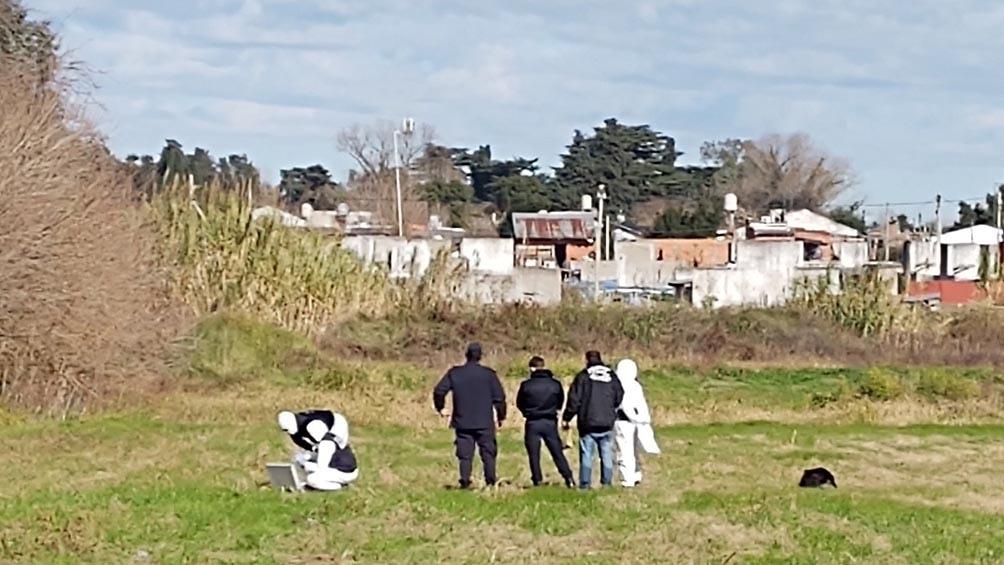 El cadáver de Carricaberri fue encontrado en el fondo de un vivero ubicado detrás del club deportivo El Remanso.