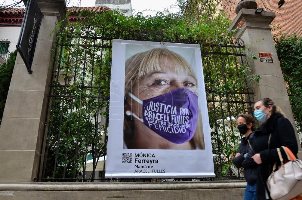 """hioldi tituló a este proyecto, que se podrá ver en la fachada del Evita y de forma virtual, """"Atravesadxs"""".Foto: Eliana Obregón."""