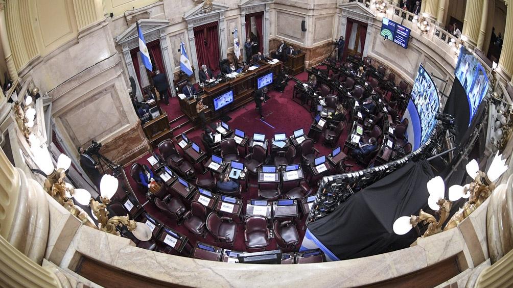 El Senado debate en comisión el proyecto de ley sobre cupo laboral travesti trans