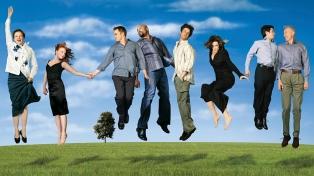 """""""Six Feet Under"""", el premiado drama familiar de HBO, cumple 20 años de su estreno"""
