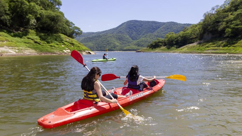 """Aseguran que """"los clásicos son los kayak, que son súper estables y cualquier persona sin experiencia previa los puede disfrutar"""""""