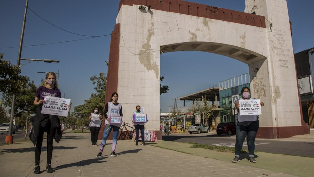 Organizaciones feministas de Santiago del Estero realizaron intervenciones urbanas en la zona céntrica Capital