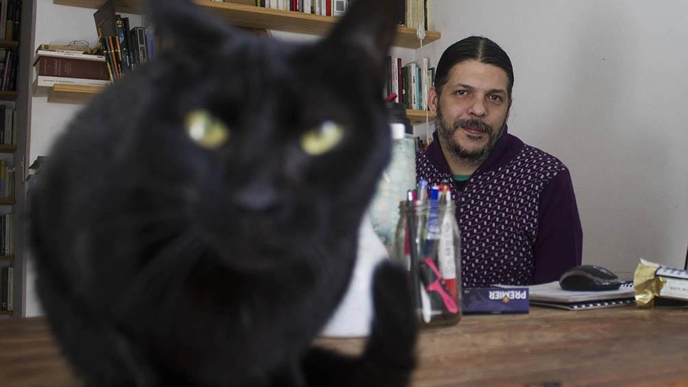 """Juan Mattio (Buenos Aires, 1983) dice que su reciente novela """"Materiales para una pesadilla"""" no nació como una historia de ciencia ficción pero alcanzó esa forma cuando apareció el personaje de Haruka."""