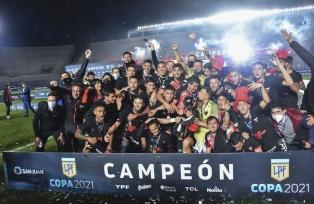 El Presidente felicitó al club Colón de Santa Fe por lograr el campeonato