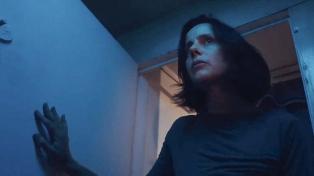 """""""Chico ventana ahora quisiera ser submarino"""",  título singular para una película hipnótica"""