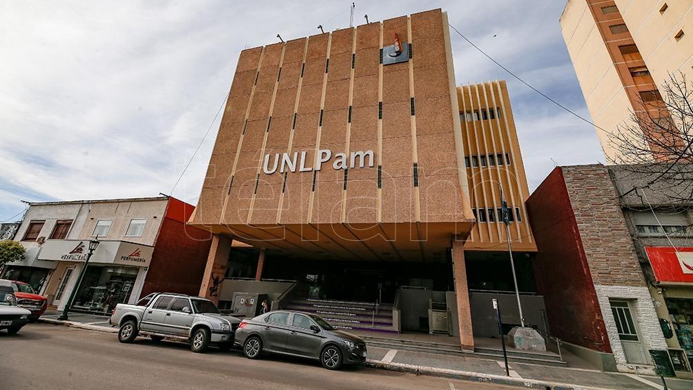 La Universidad Nacional de La Pampa busca un empleado para la sede de General Pico.