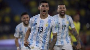 Cristian Romero sufre una distensión y podrá estar en la Copa América