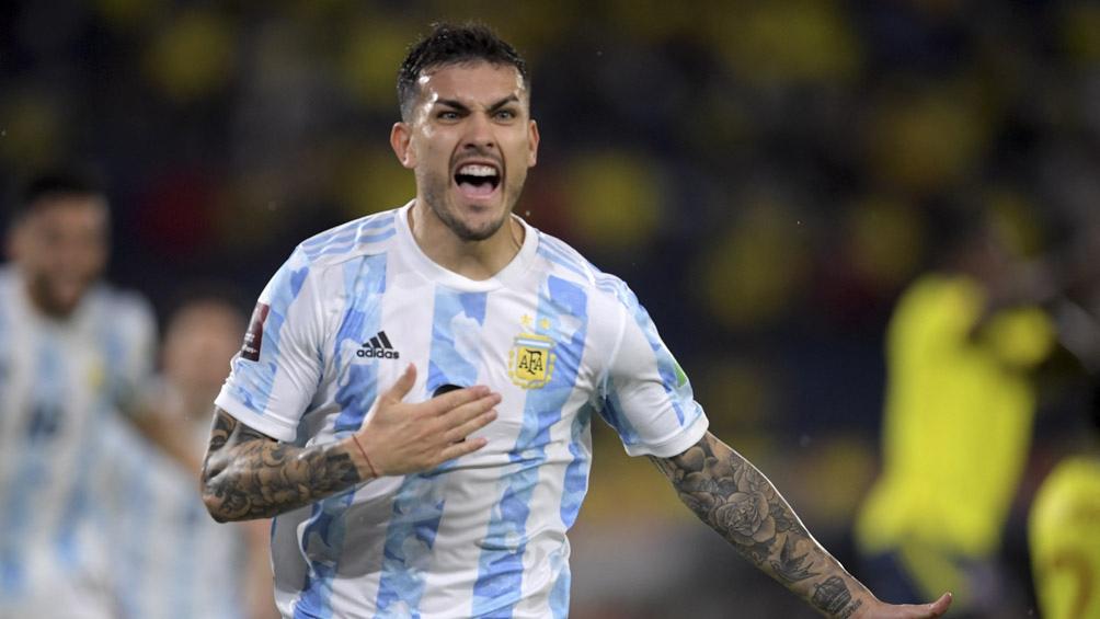 Leandro Paredes aumentó la cuenta para la Argentina, con una gran jugada personal