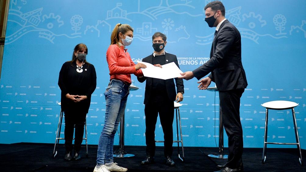 """El programa """"Mi identidad, mi derecho"""", busca el objetivo de que los ciudadanos tengan su partida de nacimiento para que puedan acceder al DNI."""