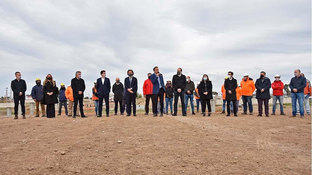 Cafiero estuvo acompañado por el ministro Katopodis y el ministro De Pedro.
