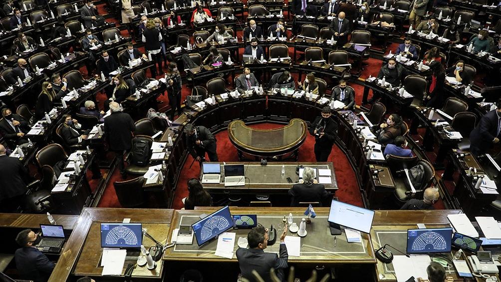 Se renovarán 127 bancas de la Cámara Baja y 24 escaños del Senado,