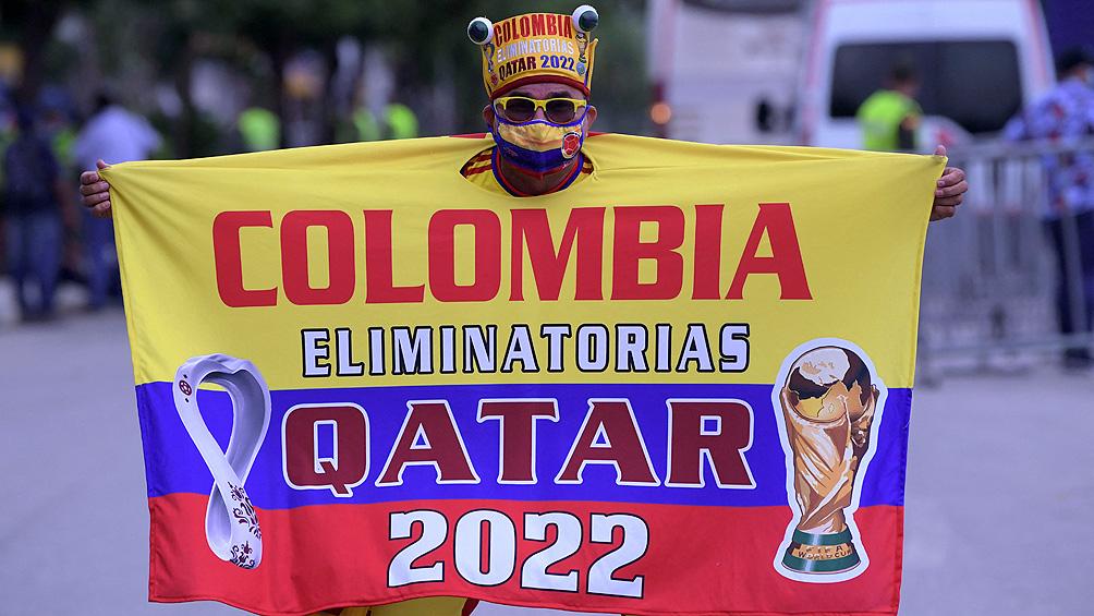 Ilusiones golpeadas: Colombia resigna la sede y la presencia de su capitán