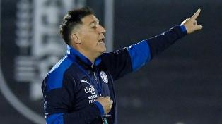 "Eduardo Berizzo: ""Somos capaces de jugarle de igual a igual a la Argentina"""