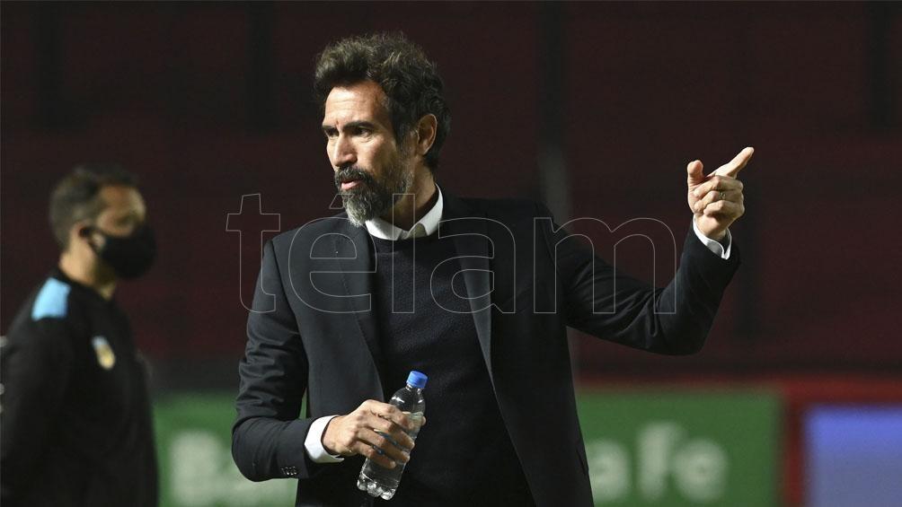 """Eduardo Domínguez, sigue al frente del """"Sabalero"""", el último campeón del fútbol argentino"""
