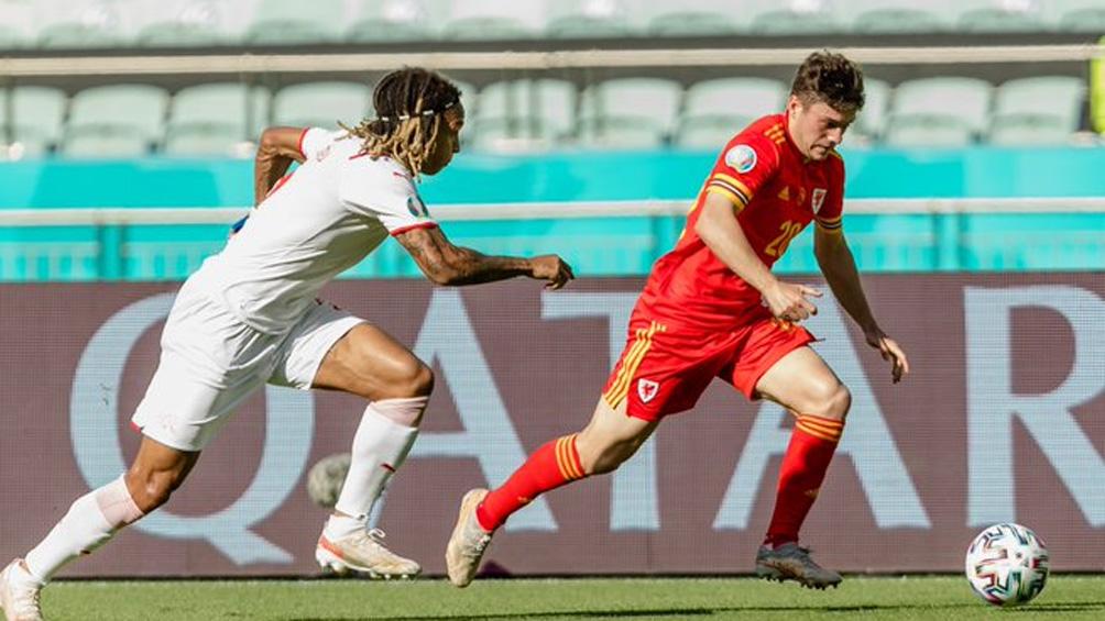 Suiza y Gales empataron en Bakú