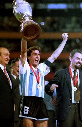 Pasaron 28 años desde que Oscar Ruggeri levantó la Copa América en el Monumental de Guayaquil.