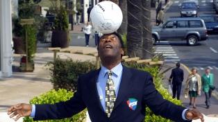 Pelé confirmó su buen estado de salud