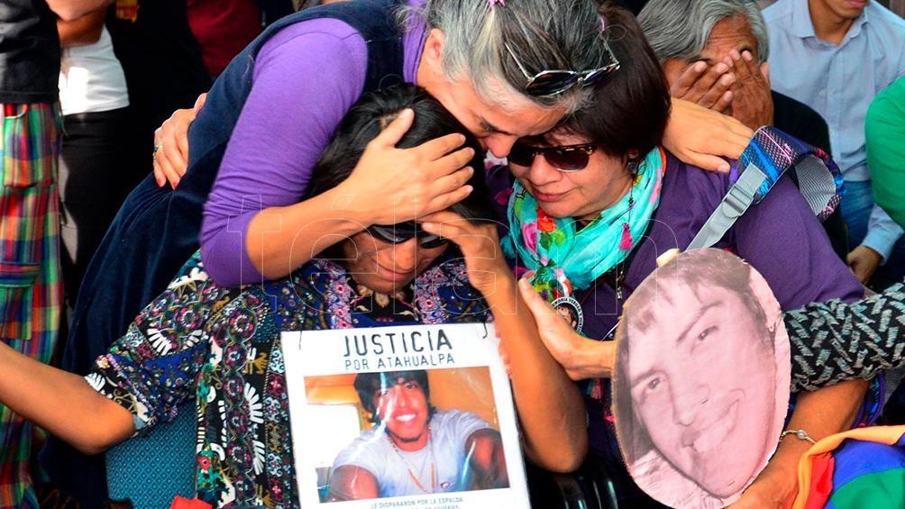 """""""Existe un terrible vacío de justicia"""", dijo a Télam Ricardo, tío de la víctima, quien agregó que Julieta, la madre de Atahualpa, murió en 2018, sin conocer a los asesinos de su hijo."""