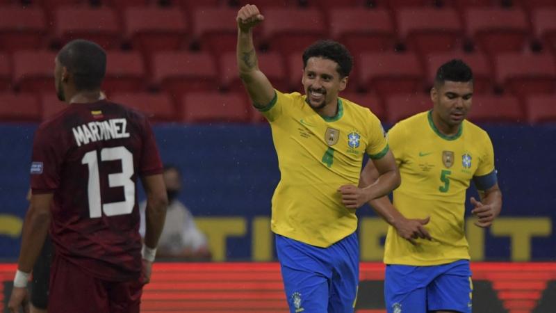 Brasil, sin lucirse, liquidó en el final el duelo ante Venezuela - Télam - Agencia Nacional de Noticias