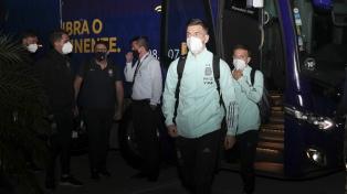 Argentina arribó a Brasil y espera en Río el duelo ante Chile