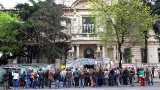 Denunciaron que el gobierno porteño quiere cerrar cupos de concurrencias en los hospitales