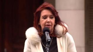 """Cristina Fernández expresó su """"inmensa pena"""" por el fallecimiento de Horacio González"""