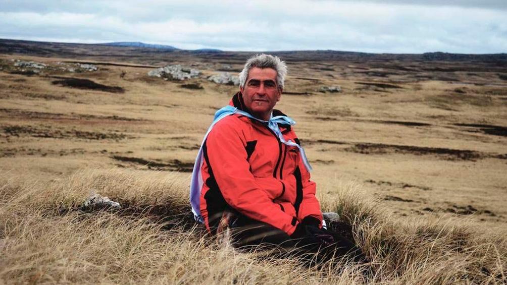 Hugo Robert volvió dos veces a Malvinas, la primera en 2007 y la segunda, con sus hijos, en 2014