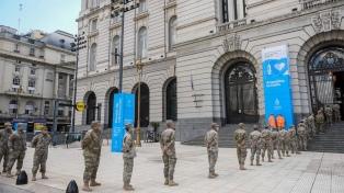 Más de 11.000 dosis de vacuna en 10 días se aplicaron a miembros de las Fuerzas Armadas en el CCK