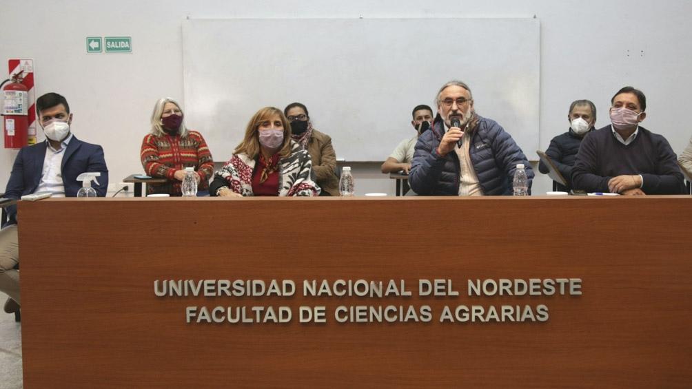 Los diputados Leonardo Grosso y José Ruiz Aragón presentaron el proyecto de Ley para el Fomento a la Agroecología.