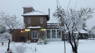 San Luis también amaneció cubierta de nieve y con temperaturas bajo cero