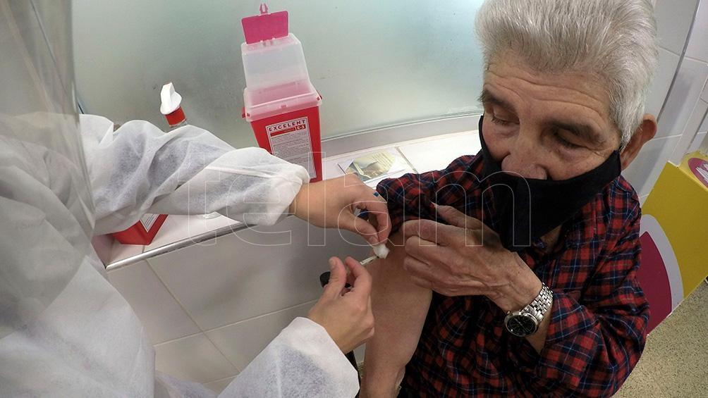 Mendoza: se abrió vacunación para periodistas, hoteleros, gastronómicos, personal de salud, etc mayores de 18 años.
