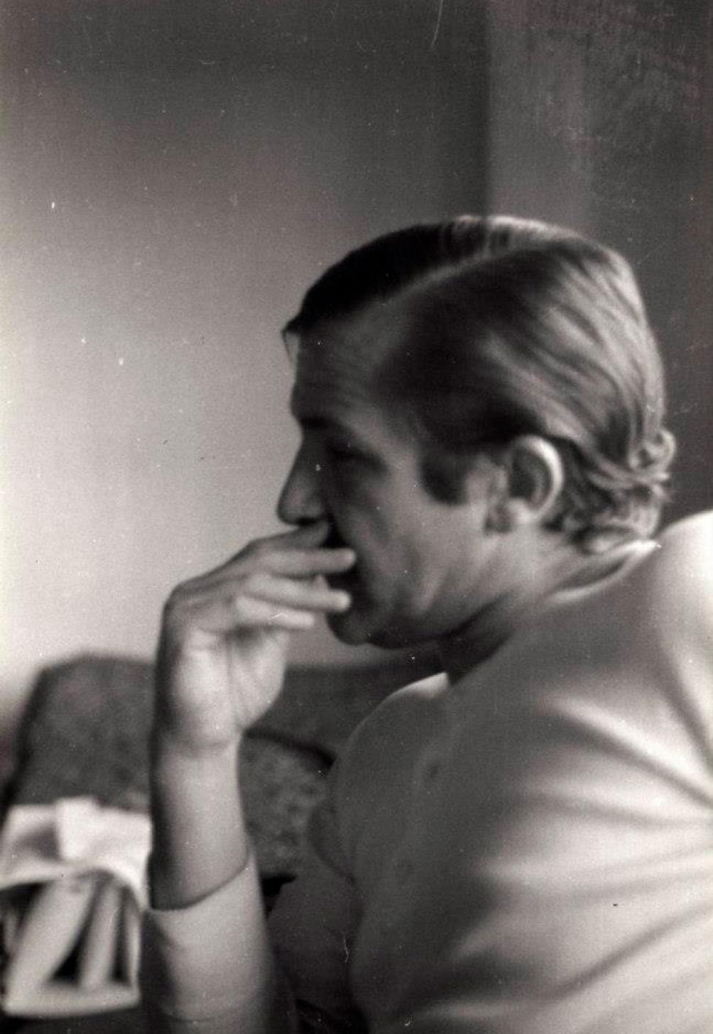 Paco en una foto tomada por Javier en 1973. Recién había salido, junto a su hermana Claudia, de la cárcel de Devoto.
