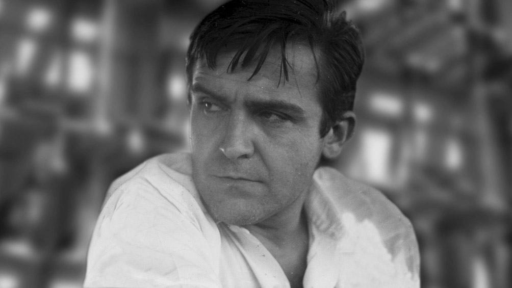 """Francisco """"Paco"""" Urondo. Poeta, escritor, periodista, militante, pero por sobre todo, un hombre fiel a sus convicciones."""