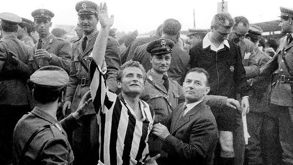 Boniperti debutó con la Juventus el 2 de marzo de 1947