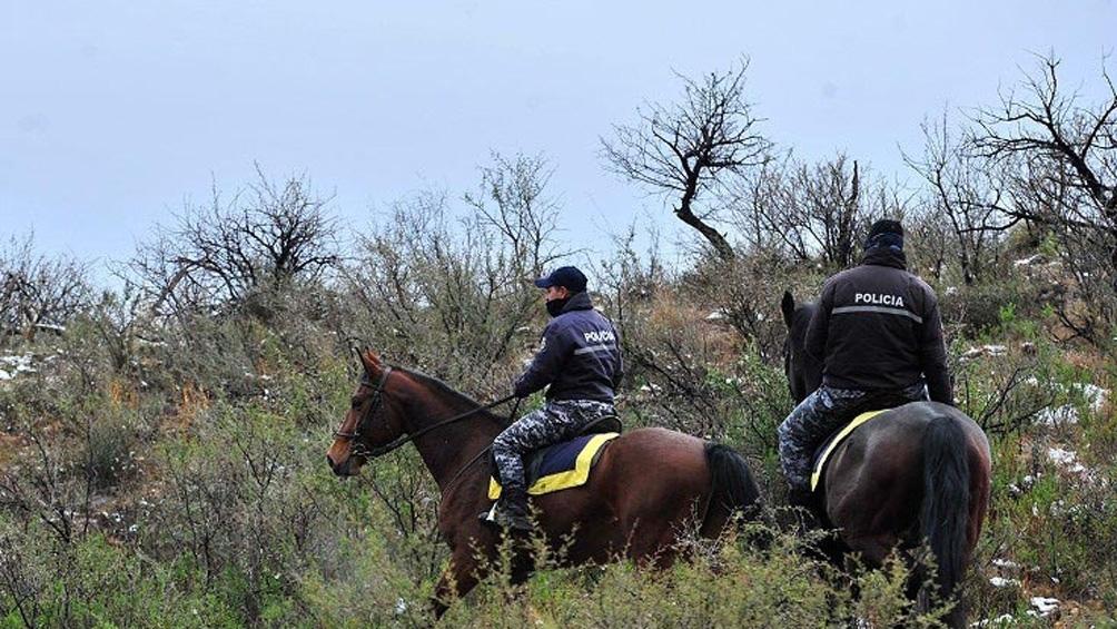 Desde las 10 horas agentes rastrillan al oeste de Ruta 3, en La Punta y en el Dique Chico.