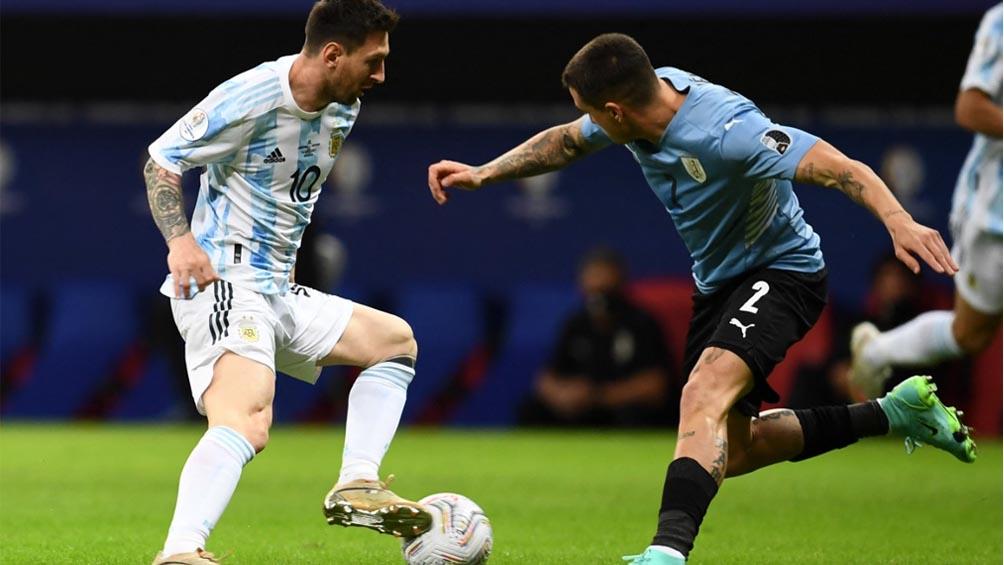 La gran jugada de Messi en el gol de Argentina a Uruguay