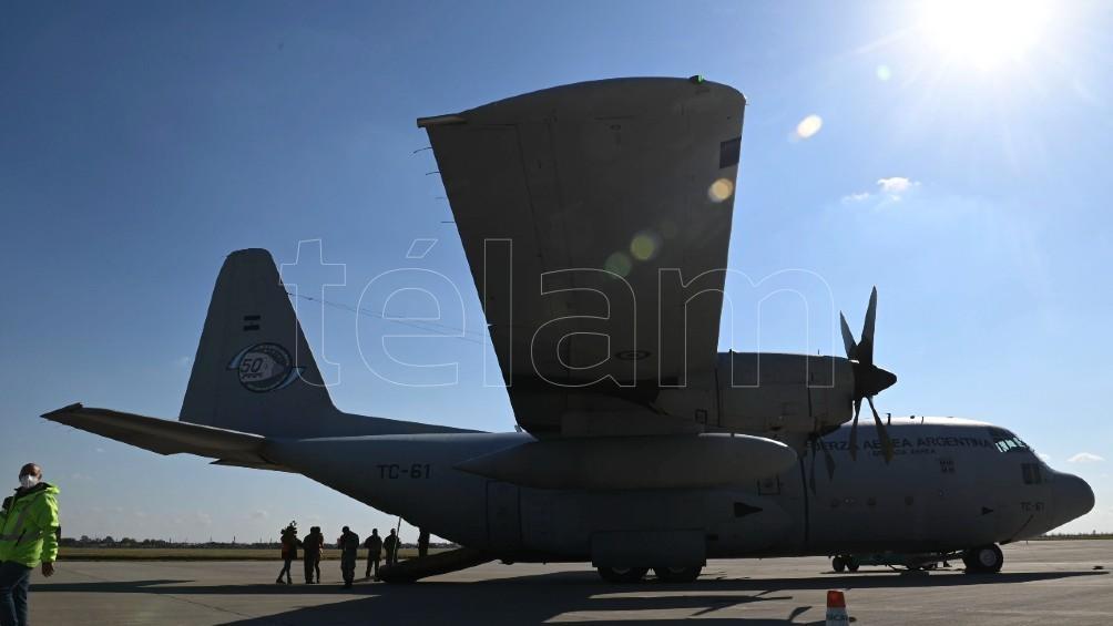 Un C-130 Hércules en pista. Foto: Sebastián Granata.