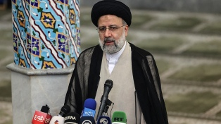 Con una abstención récord, los conservadores recuperaron el Gobierno en Irán