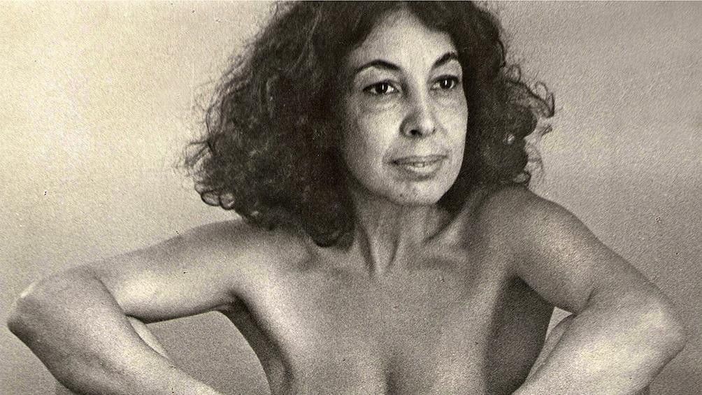 Ilse Fuskova y su obra El Zapallo de 1982.