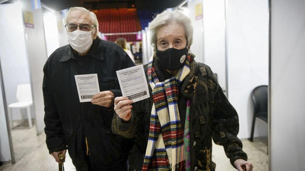 Hasta el momento, el pico de vacunados en la provincia de Buenos Aires se registró en mayo con casi 199.142 anotados en un día.