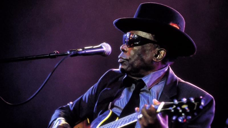 Hace 20 años moría John Lee Hooker, el gran maestro del blues acústico y el boogie eléctrico