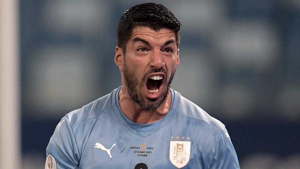 Luis Suárez anotó el empate de los uruguayos ante Chile (Foto: @CopaAmerica)