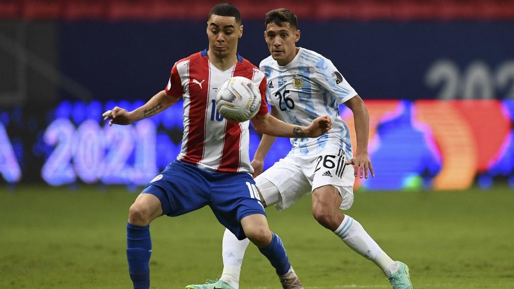 Escena del partido entre Argentina y Paraguay